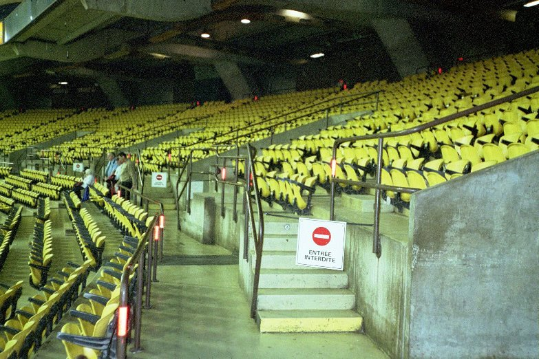 what happened to the montreal expos empty seats