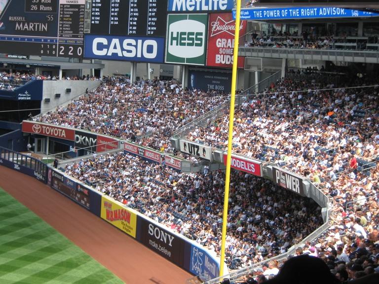 derek jeter 3000 hit yankee stadium