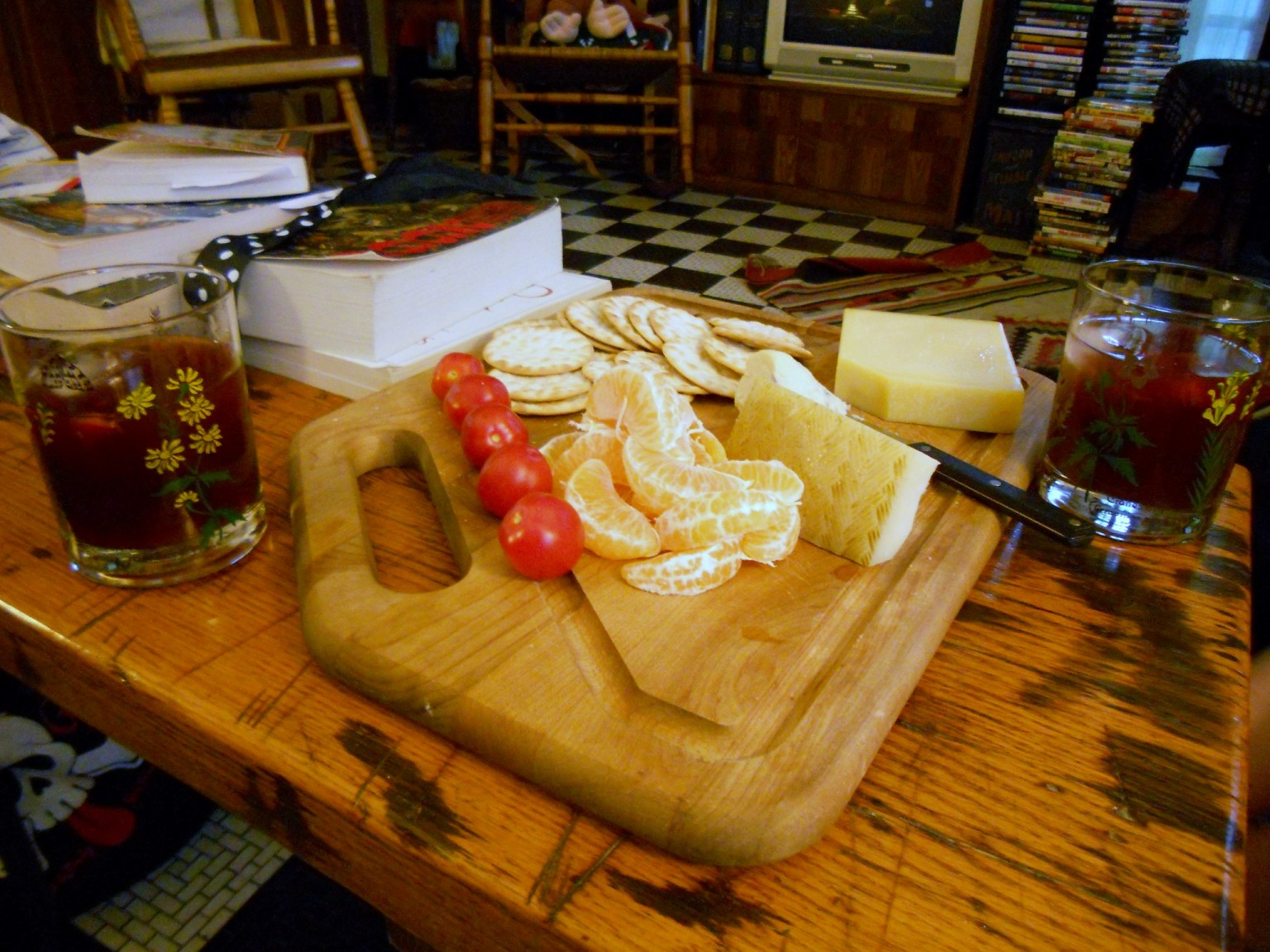 Product Review: CIRCO Cheese Cutting Board Set