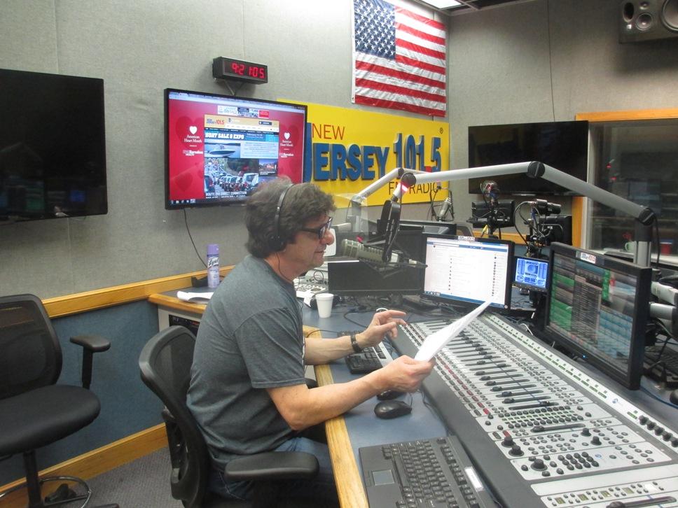 Steve Trevelise radio
