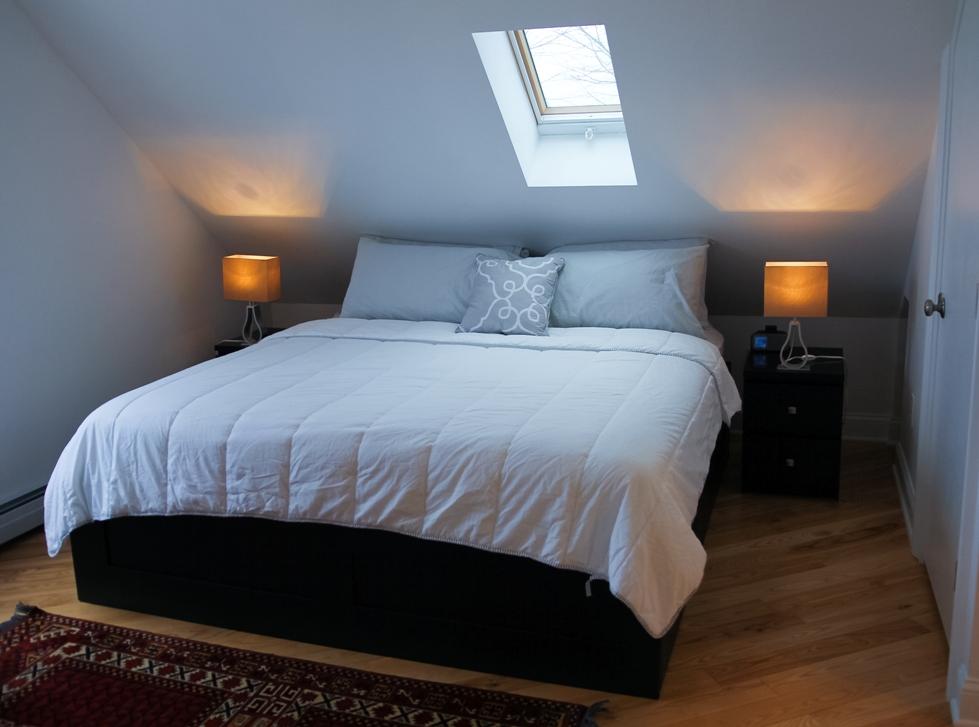 airbnb skylit bed